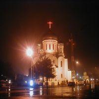 пл.Кирилла и Мефодия, вид на Крестовоздвиженский собор ночью(05.02.04), Ужгород