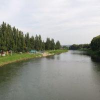 речка Уж с пешеходного моста, Ужгород