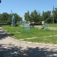 У дворі на вул. Леніна, Акимовка