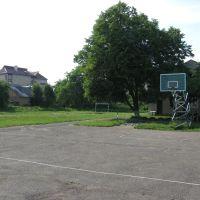 playground (Broshniv professional forestry Lyceum), Брошнев-Осада