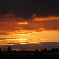 Закат. Вид из окошка, Бровары