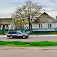 23.04.2012 16:41  Одесское шоссе. Дорога параллельная шоссе в п.г.т.Гребенки., Гребенки