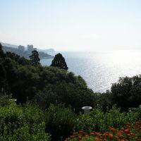 Вид на море с Воронцовского дворца / Sea view from the Vorontsov Palace, Алупка