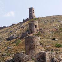 Руины Генуэсской крепости Чомбало (14 century), Балаклава