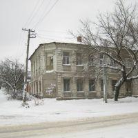 Старый город в снегу. Old city in the snow., Луганск