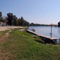 озеро Песочное, пустой пляж в сентябре, Рубежное