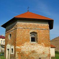 Арианская башня 1606г. Кирпичная кладка имеет готический характер., Белз