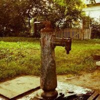 Уличная водяная колонка, Броды