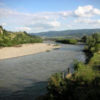 Украина. Верхнее Синевидное. Река Опир (Ukraine. Verkhnie Synovydne. River Opir), Верхнее Синевидное