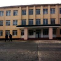 Старий корпус і Тарасович з Кєнтом збоку, Добротвор