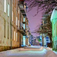 Вулиця Феньвеші, Золочев