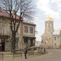 Вид на церкву з площі, Ивано-Франково