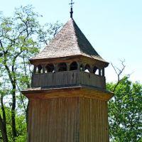 Колокольня 1762г.Стены имеют сильный наклон внутрь.Реставрирована в 1962г., Каменка-Бугская