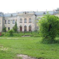 Вид на палац з боку стадіону, Червоноград