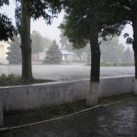 Дощ, Еланец