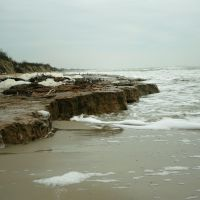 Пласт глины выходит в прибой, Кривое Озеро