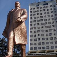 Ильичевский Ильич в полный рост, Ильичевск