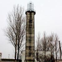 Водонапорная башня из элементов силоса-банки злеватора., Сарата