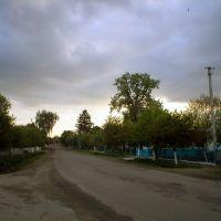 Перехрестя Миру та Набережної, Демидовка