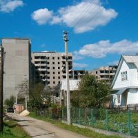Незавершені довгобуди на Адамівці, Костополь