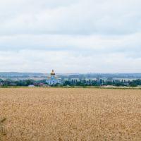 Вид с дороги на Михайловскую церковь в пгт Млынив, Млинов