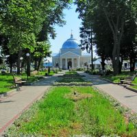 Сквер в центре поселка., Млинов