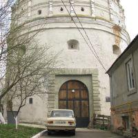 Музей книги - колись Луцька вежа, Острог