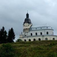 Костел святої Трійці у Микулинцях, Заложцы