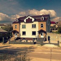 Красивий будинок/Beautiful house, Збараж