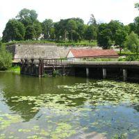 Збараж. Вид на ставок, старий млин та замкові укріплення., Збараж