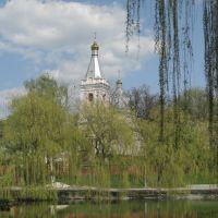 Церква над ставом, Лановцы