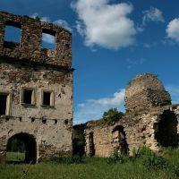 ruins of Uhornytsky Basilian monastery, dated by 1716, Теребовля