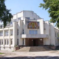 Будинок культури у Лошневі на Тернопільщині, Шумское