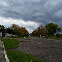 Начало центральной улицы, Близнюки