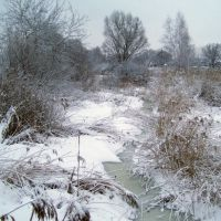 река Мерефа зимой, Буды