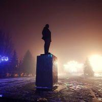 Памятник В.И. Ленину на площади, Изюм