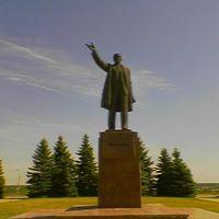 Памятник Ленину, Купянск