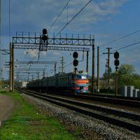Электропоезд ЭР-2 отправился от ст. Люботин. ER-2 electric train leaves the Lyubotin st., Люботин