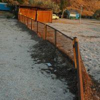 Рыжий забор на огромном пляже, Великая Александровка