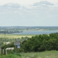 Вид на Марьянский залив, Нововоронцовка
