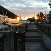 Evening at ship depot, June, 2009, Херсон