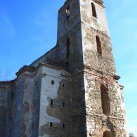 Фарный костёл Св. Иоанна Крестителя в Изяславе. И в запустении величие., Изяслав