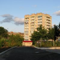 9-тиітажка по вул.Стуса, Красилов