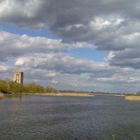 Вид с моста через речку Случь. Апрель 2009 года., Староконстантинов