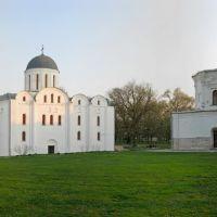 Панорама Древнего Вала в конце апреля, Чернигов