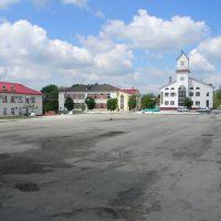 Центральная площадь, Кельменцы