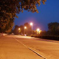 Центральная площадь вечером, Сокиряны