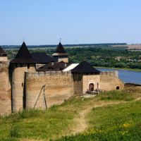 Khotyn castle over Danube, Хотин