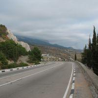 Спуск с горы Кошки в Симеиз, Кацивели