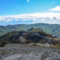 Вид на южную часть Кизилташа, Краснокаменка